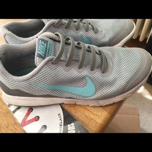 Nike women's sneakers. Running. Honeycomb soles